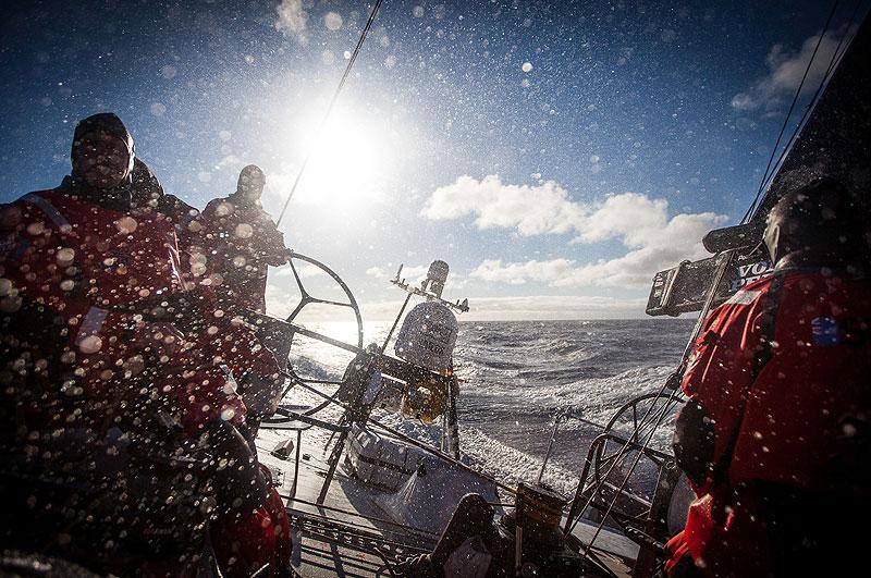 puma-ocean-racing-leg-8-w